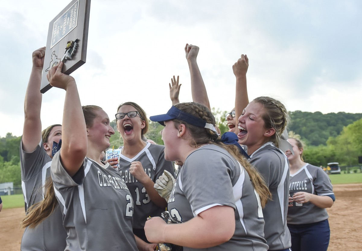 Clay-Battelle headed to first state tournament with 6-5 win over Moorefield